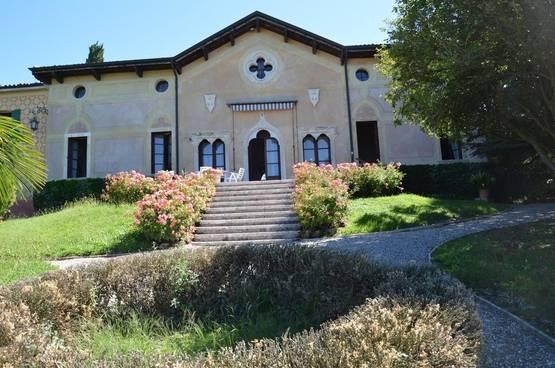 Historische Villa Lazise MD0063